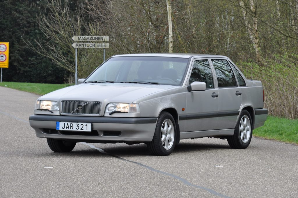 openroad classic cars volvo 850 t5 2 openroad. Black Bedroom Furniture Sets. Home Design Ideas