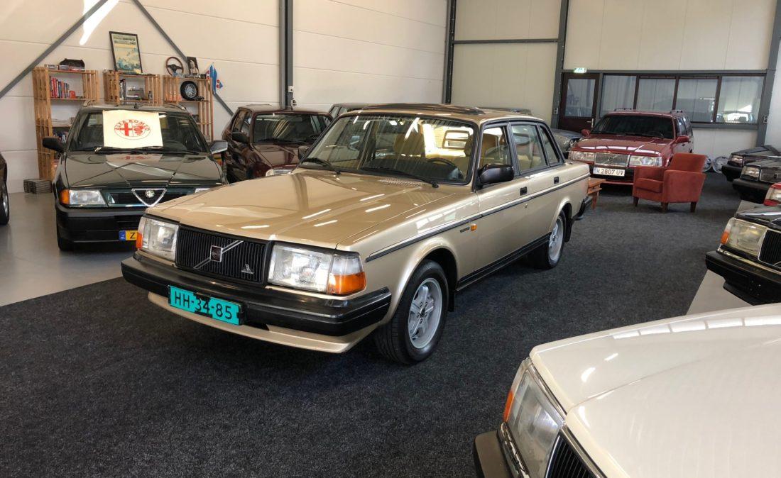 OpenRoad_Classic_Cars_Volvo_240GLT_B230F_116PK (1)