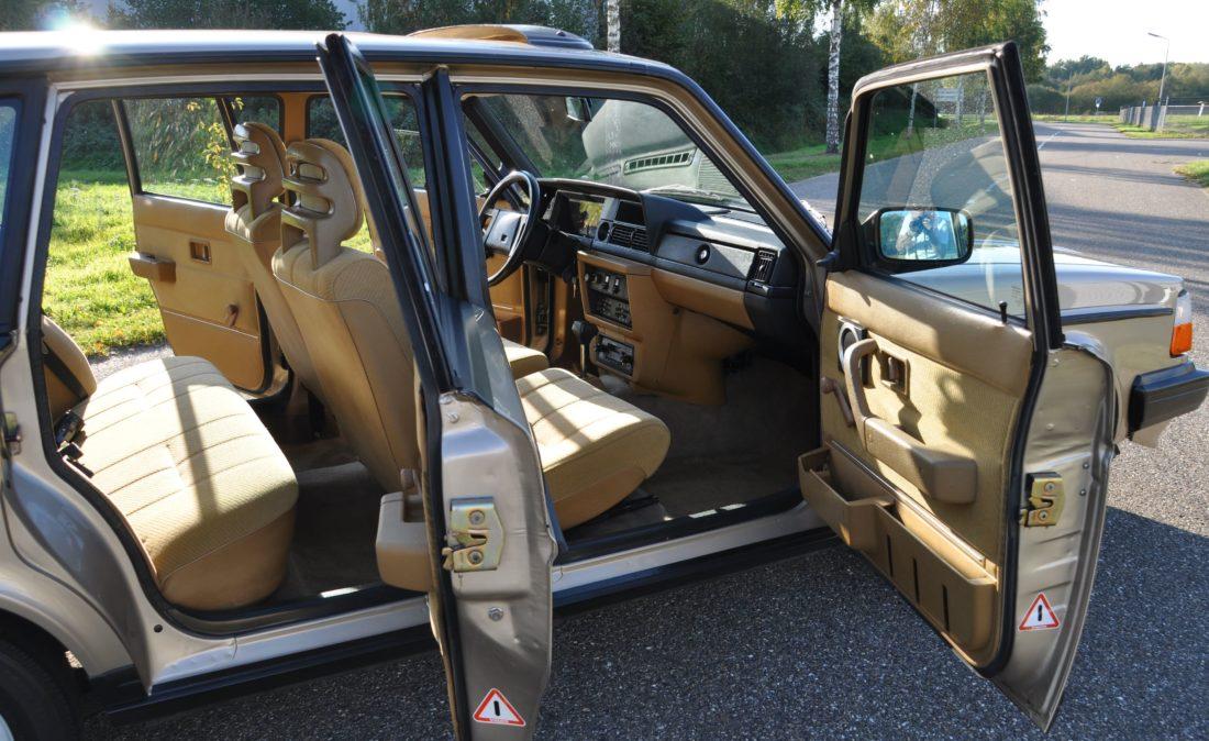 OpenRoad_Classic_Cars_Volvo_240GLT_B230F_116PK (11)