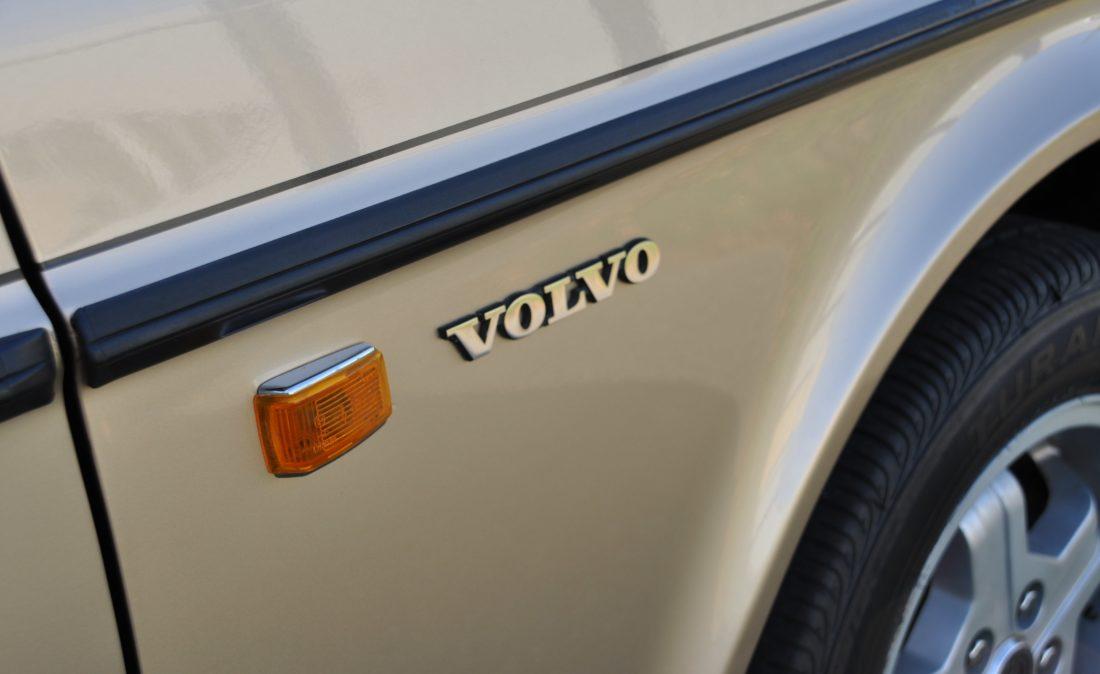 OpenRoad_Classic_Cars_Volvo_240GLT_B230F_116PK (26)