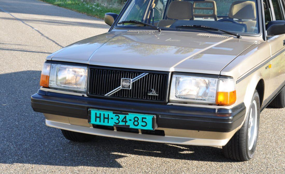 OpenRoad_Classic_Cars_Volvo_240GLT_B230F_116PK (3)