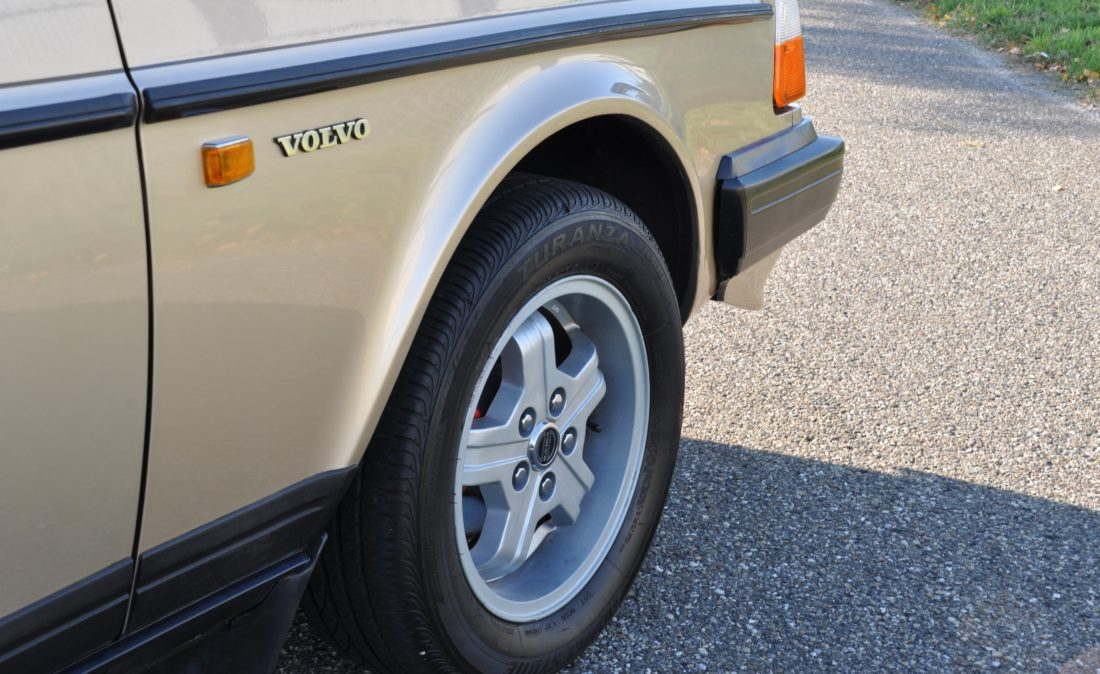 OpenRoad_Classic_Cars_Volvo_240GLT_B230F_116PK (4)