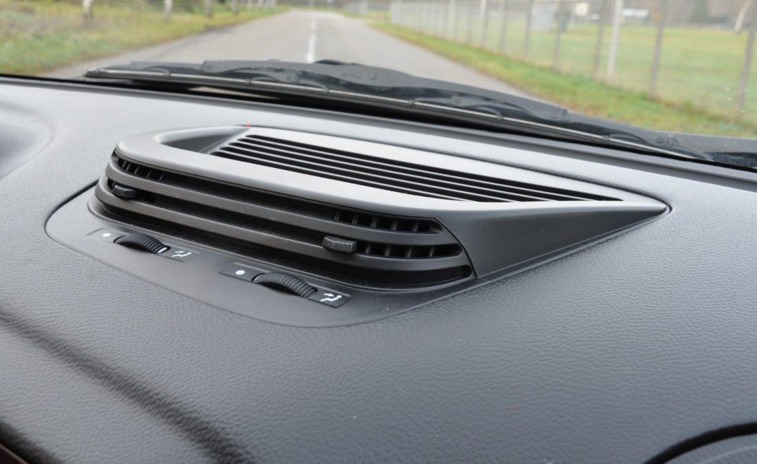 OpenRoad_Classic_Cars_Volvo_Alfa_156_TS (16)