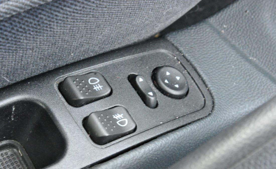 OpenRoad_Classic_Cars_Volvo_Alfa_156_TS (17)