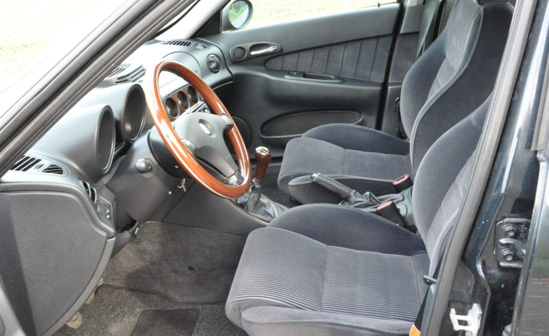 OpenRoad_Classic_Cars_Volvo_Alfa_156_TS (9)