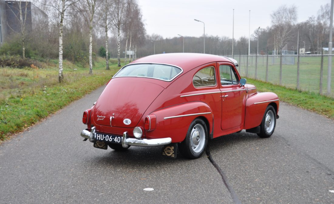 OpenRoad_Classic_Cars_Volvo_PV544_Sport (6)