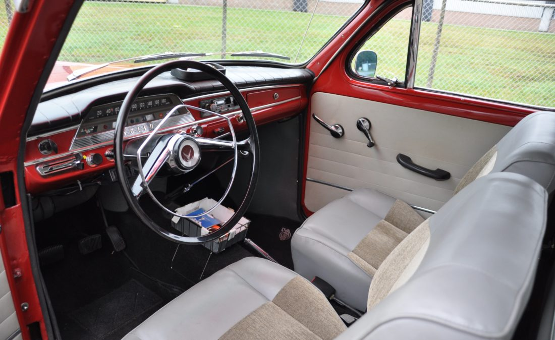 OpenRoad_Classic_Cars_Volvo_PV544_Sport (8)