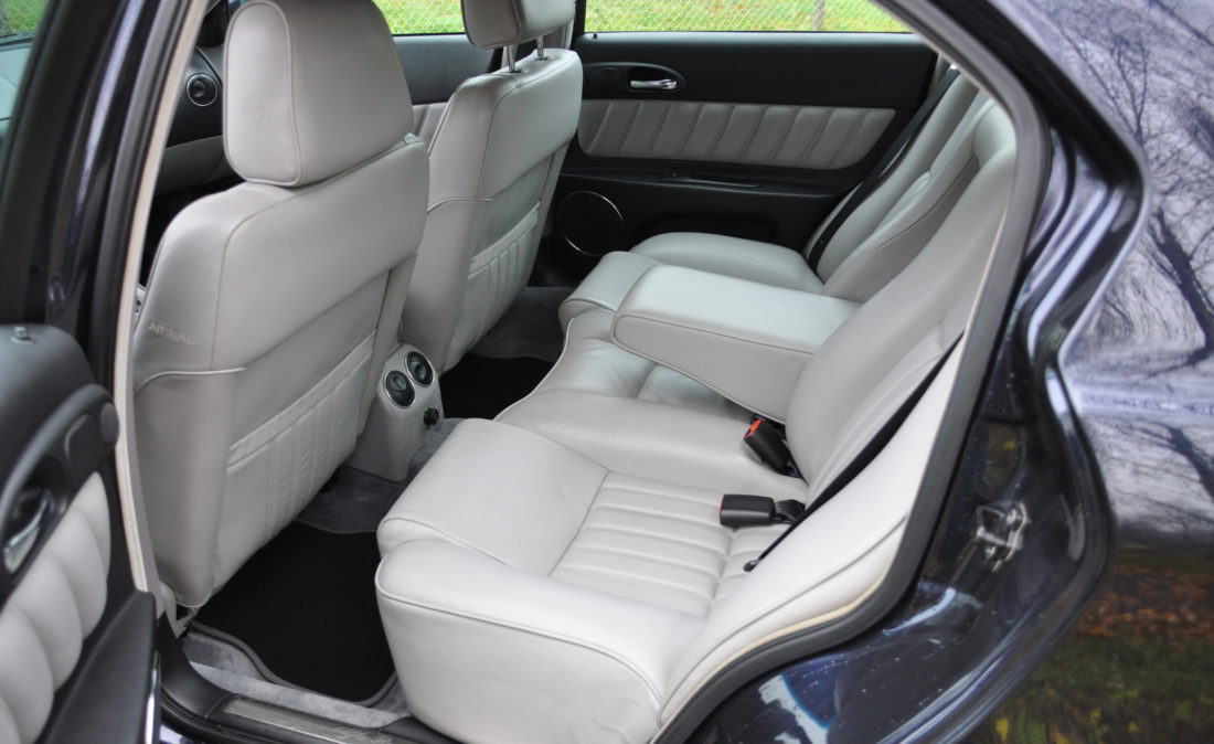 OpenRoad_Classic_Cars_Alfa166_V6 (10)