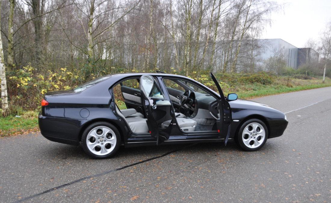 OpenRoad_Classic_Cars_Alfa166_V6 (13)