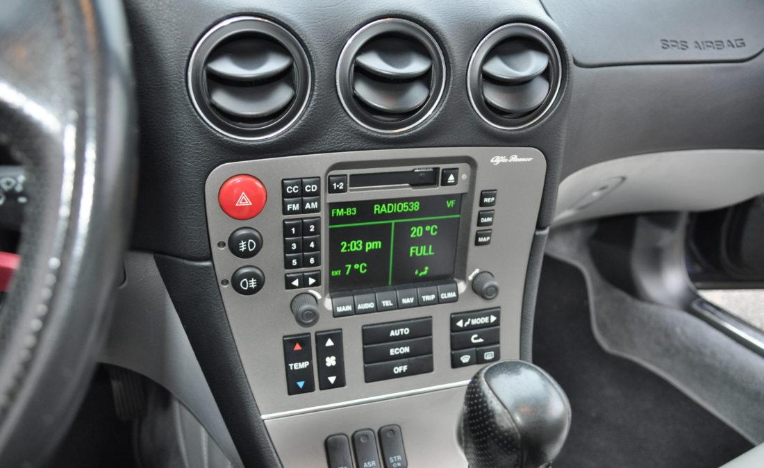OpenRoad_Classic_Cars_Alfa166_V6 (23)