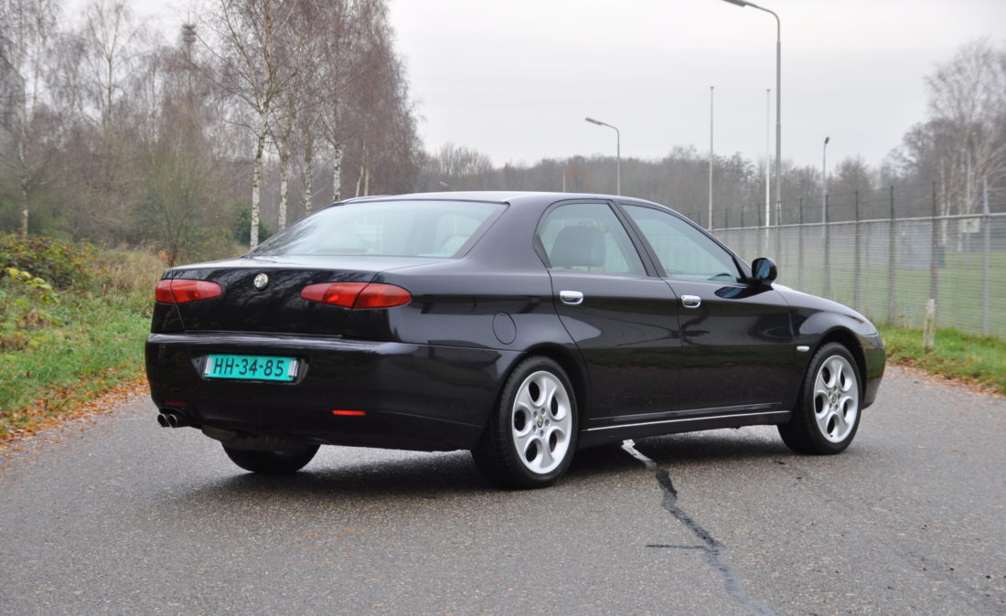OpenRoad_Classic_Cars_Alfa166_V6 (5)