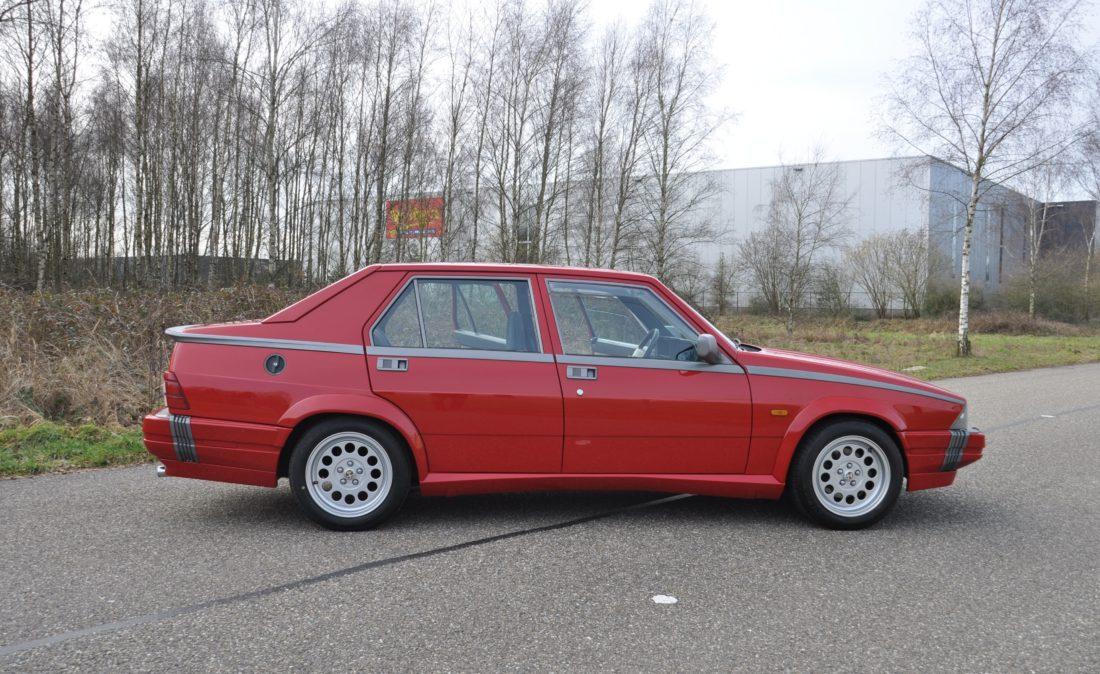 OpenRoad_Classic_Cars_Alfa75_3 (14)