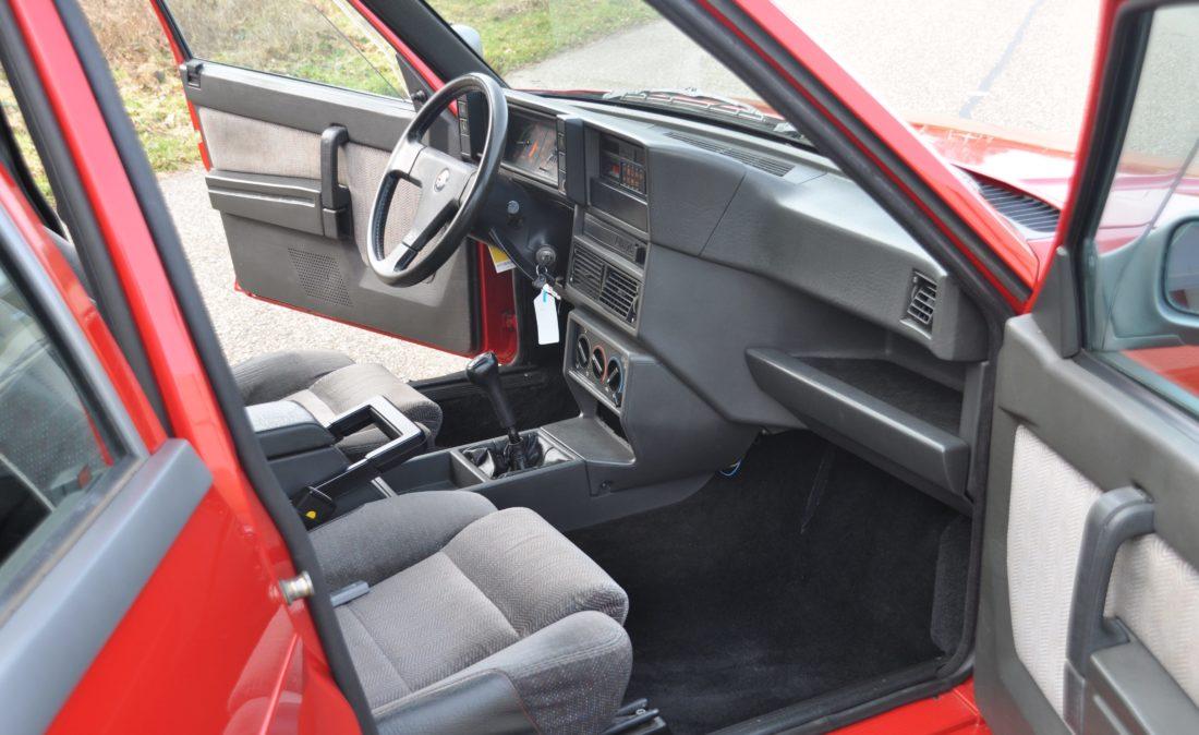 OpenRoad_Classic_Cars_Alfa75_3 (17)