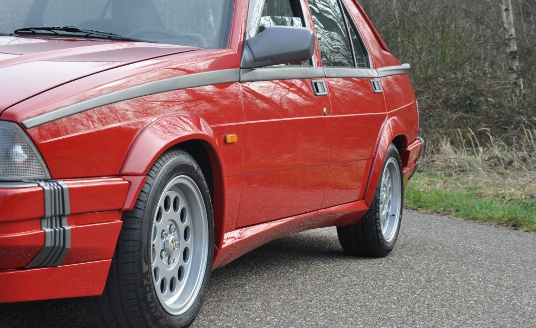 OpenRoad_Classic_Cars_Alfa75_3 (21)