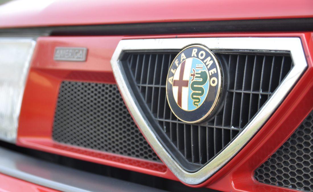 OpenRoad_Classic_Cars_Alfa75_3 (24)