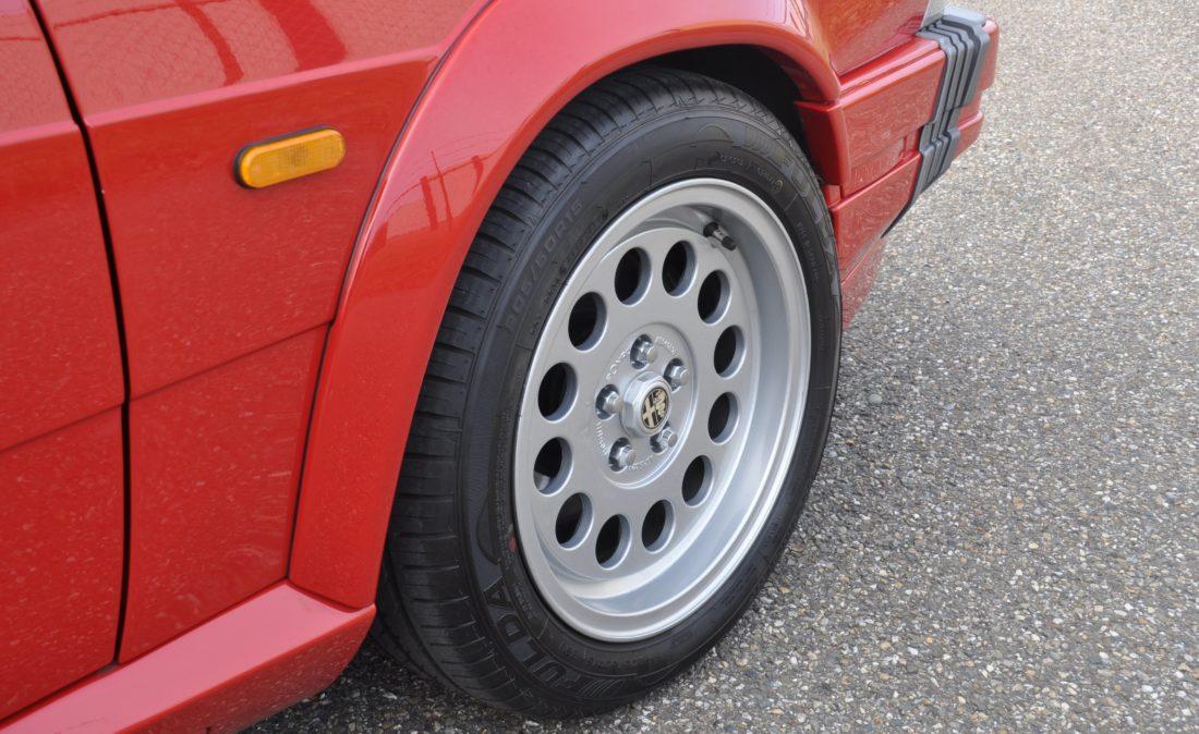 OpenRoad_Classic_Cars_Alfa75_3 (7)