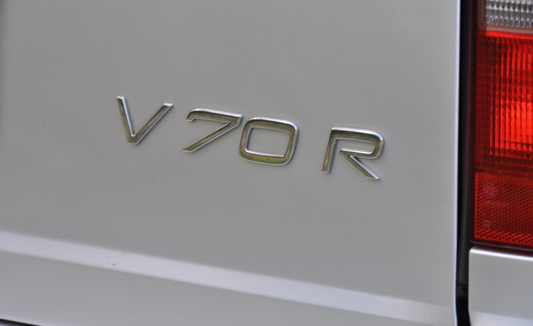 OpenRoad_Classic_Cars_Volvo_V70R (23)