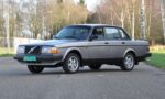 OpenRoad_Classic_Cars_Volvo_240_GLT (1)