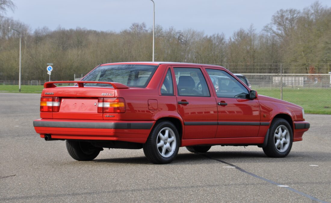 OpenRoad_Classic_Cars_Volvo_850_GLT (1)