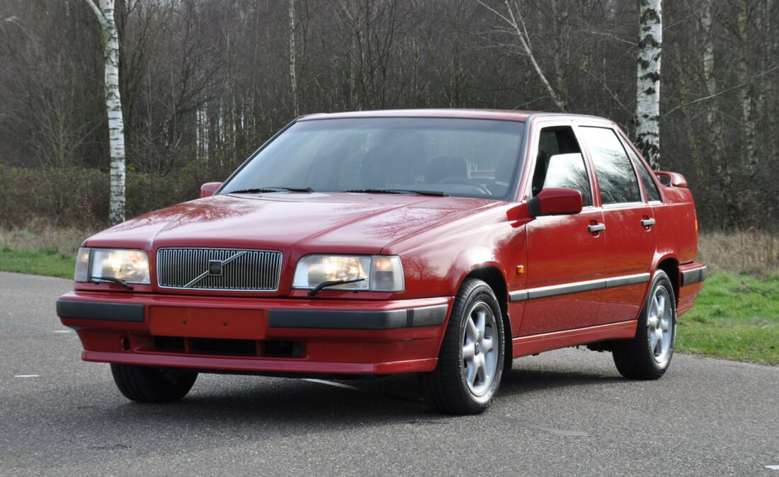 OpenRoad_Classic_Cars_Volvo_850_GLT (17)