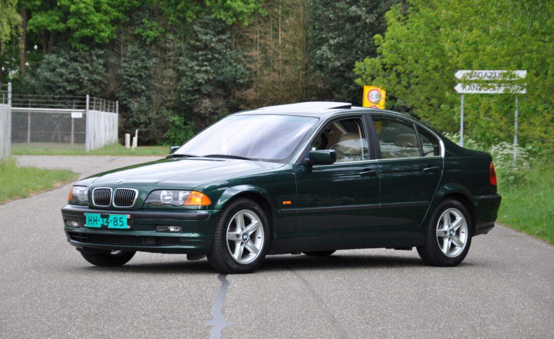 BMW_328i_E46_OpenRoad_Classic_ Cars 1 (1)
