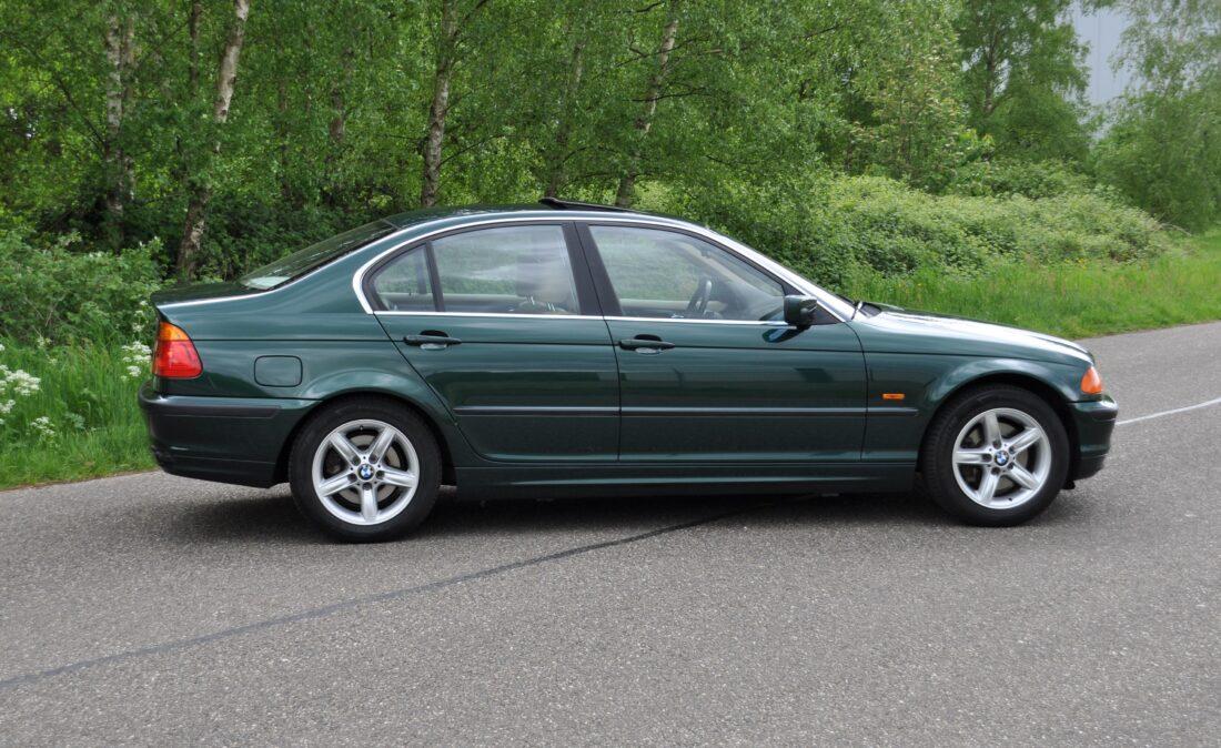 BMW_328i_E46_OpenRoad_Classic_ Cars 1 (10)
