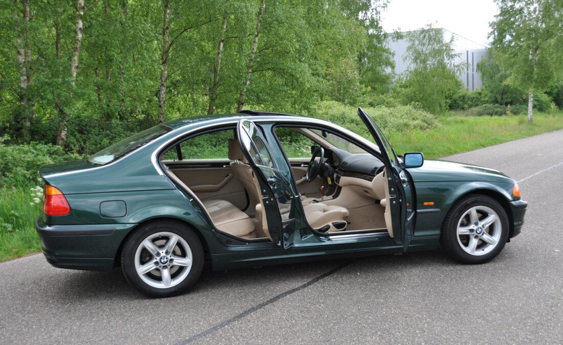 BMW_328i_E46_OpenRoad_Classic_ Cars 1 (11)