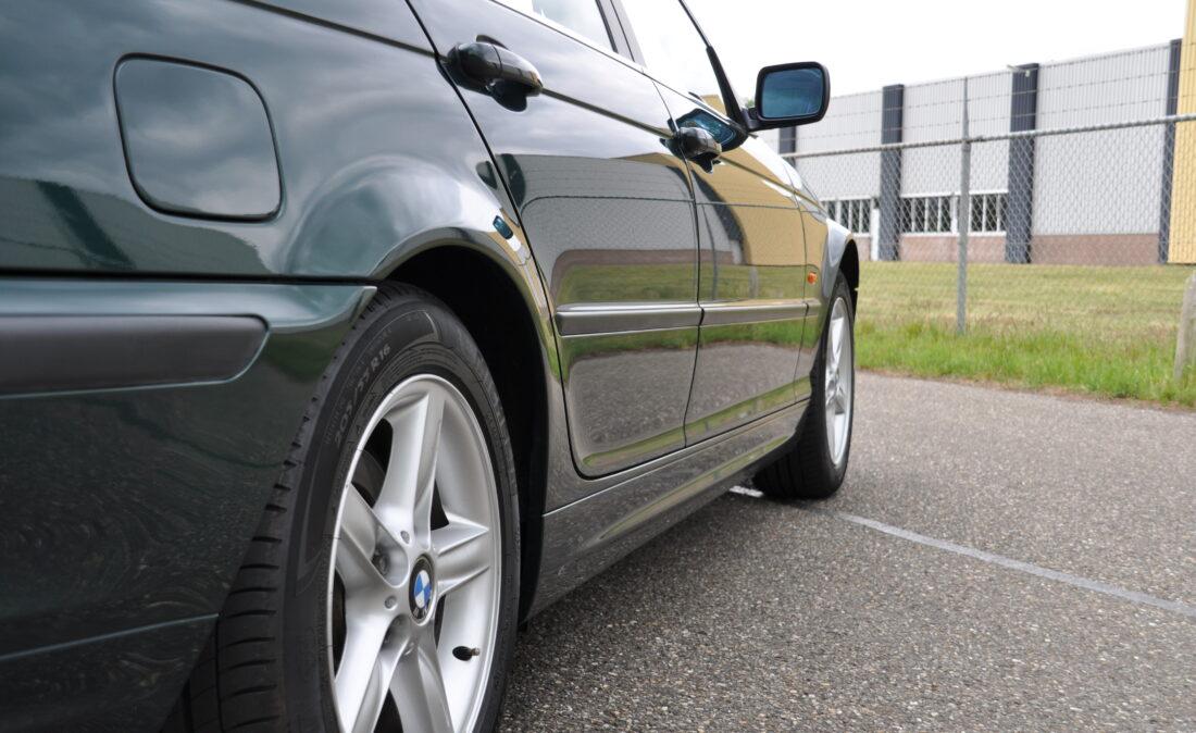 BMW_328i_E46_OpenRoad_Classic_ Cars 1 (5)