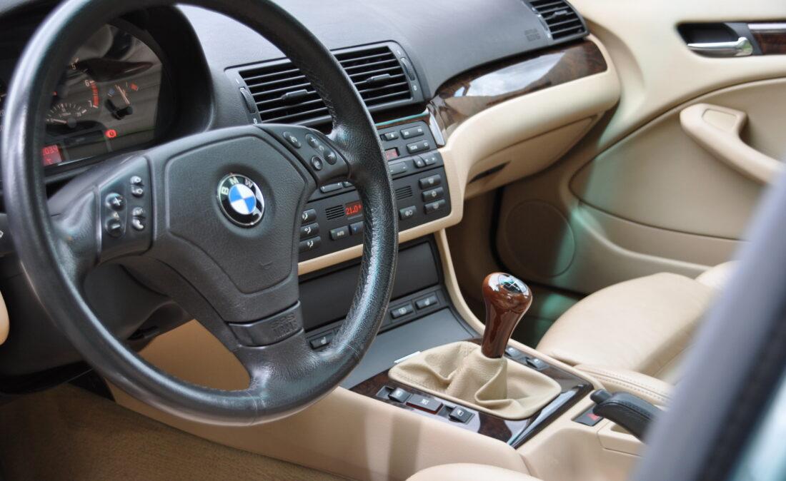 BMW_328i_E46_OpenRoad_Classic_ Cars 1 (8)