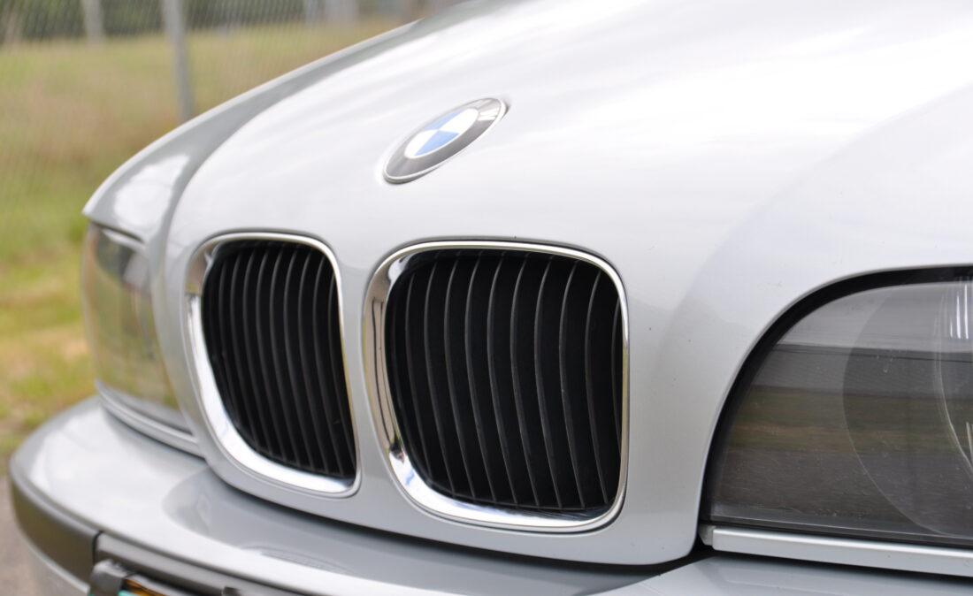 BMW_523i_E39_OpenRoad_Classic_Cars (2)