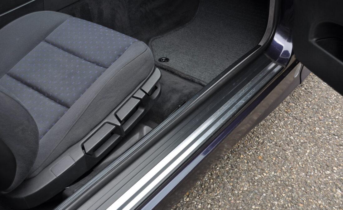 OpenRoad_Classic_Cars_BMW_E36_320i_Coupe (A1) (17)
