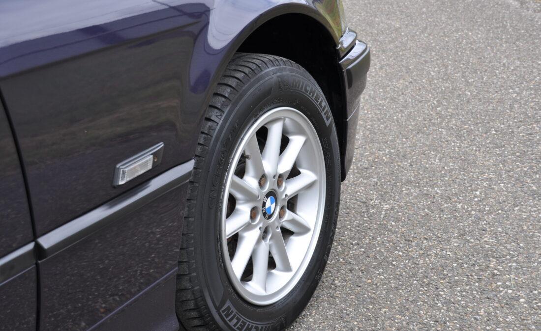 OpenRoad_Classic_Cars_BMW_E36_320i_Coupe (A1) (4)