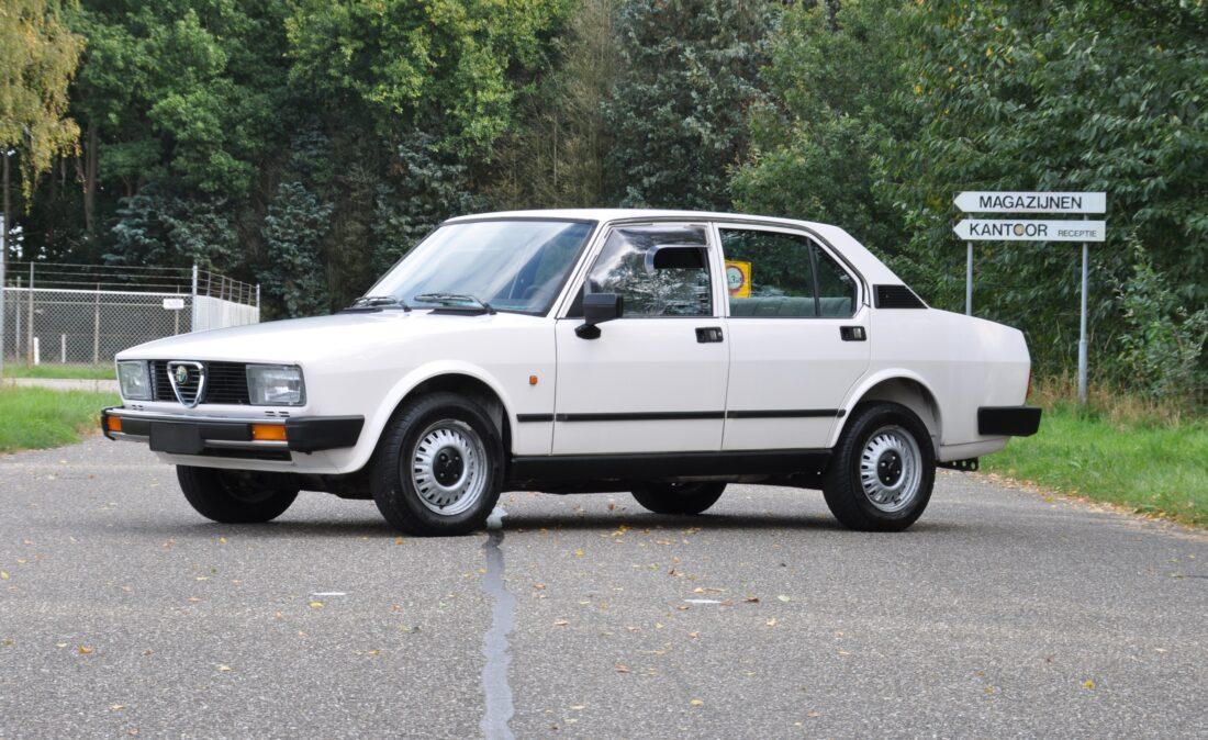 Alfa_Romeo_Alfetta_1.8_ OpenRoad Classic Cars_1 (1)