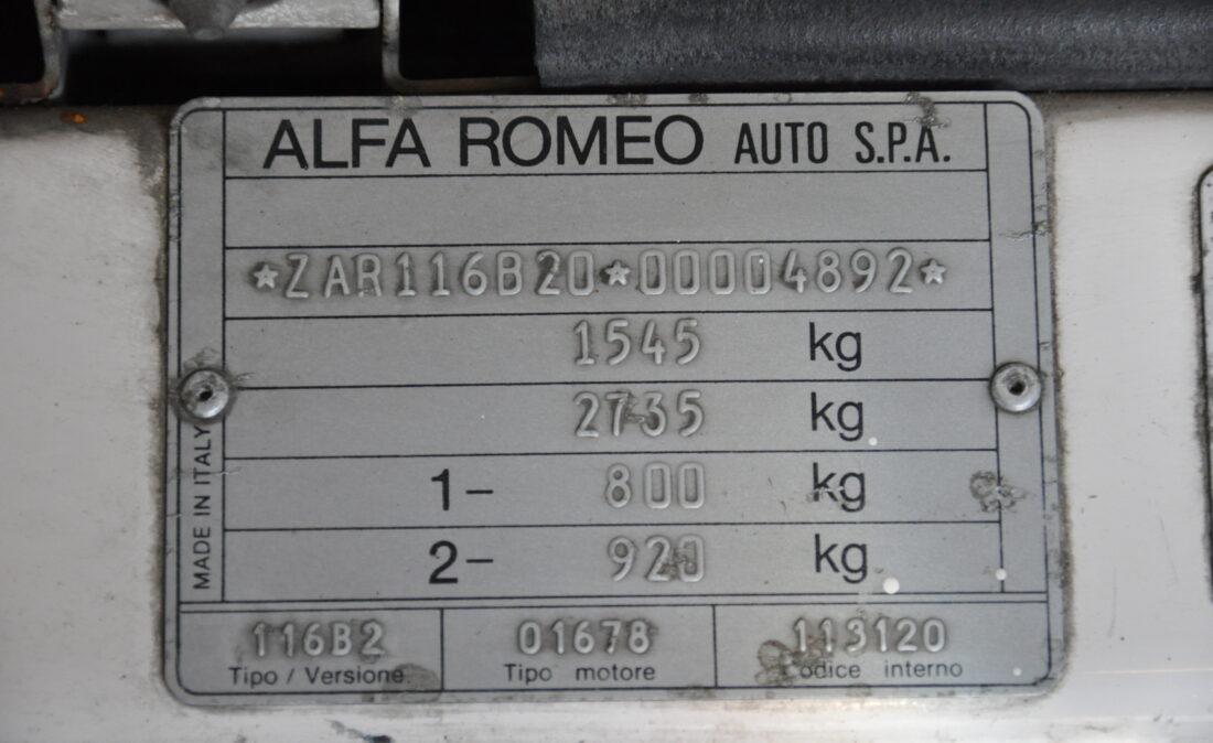 Alfa_Romeo_Alfetta_1.8_ OpenRoad Classic Cars_1 (32)