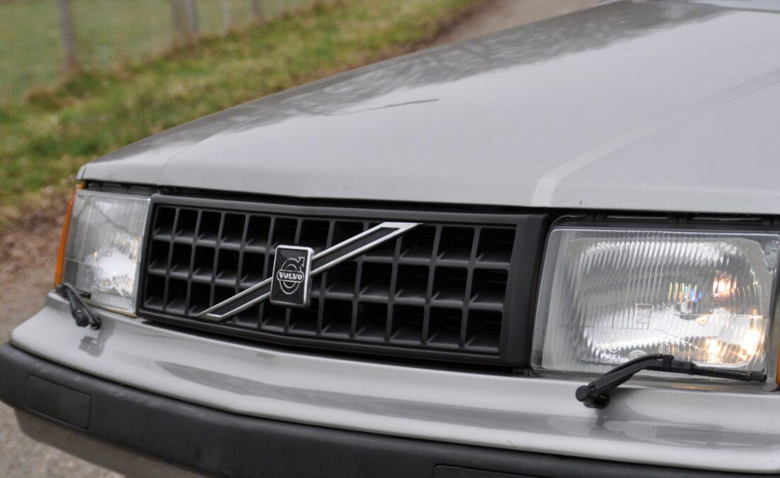 Volvo_360_GLT_OpenRoad_Classic_Cars-BV (2)