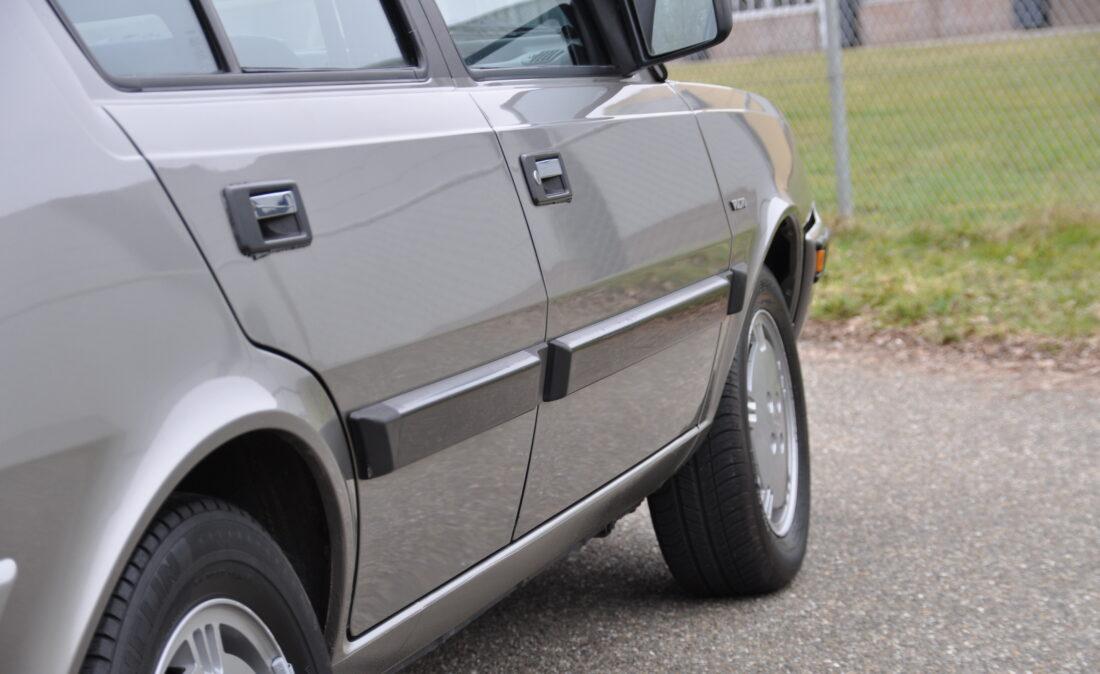 Volvo_360_GLT_OpenRoad_Classic_Cars-BV (4)