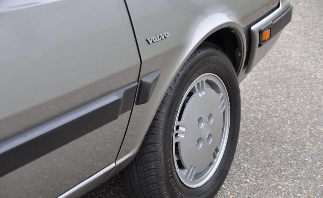 Volvo_360_GLT_OpenRoad_Classic_Cars-BV (5)
