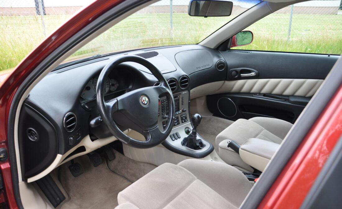 Alfa_166_20TS_OpenRoad_Classic_Cars (7)