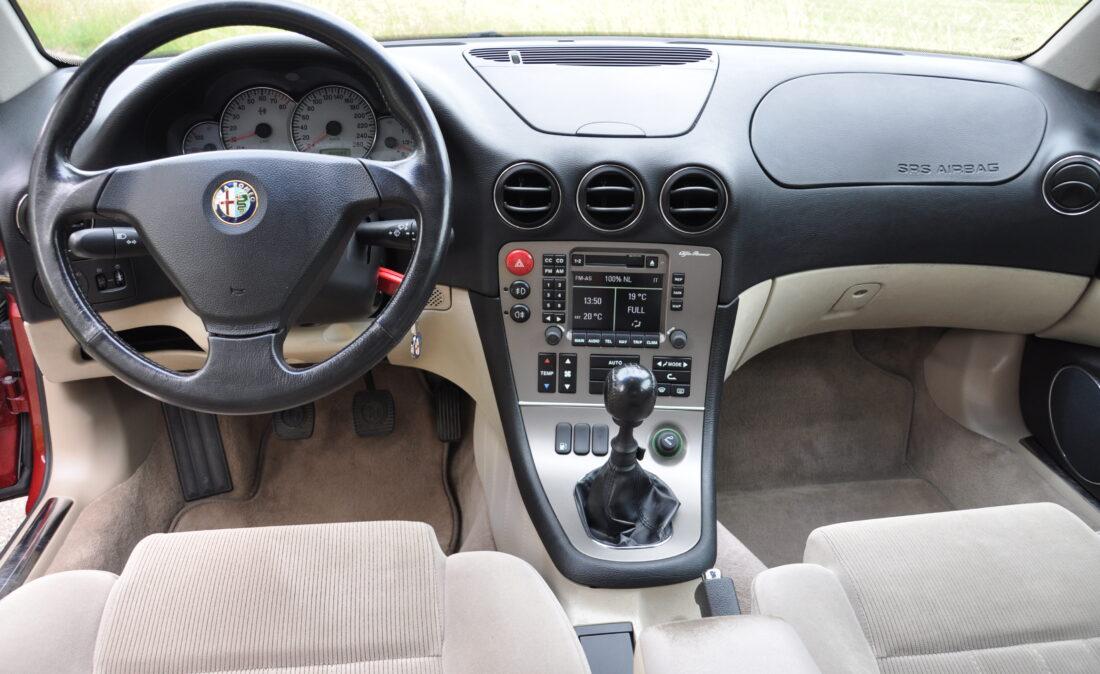 Alfa_166_20TS_OpenRoad_Classic_Cars (9)